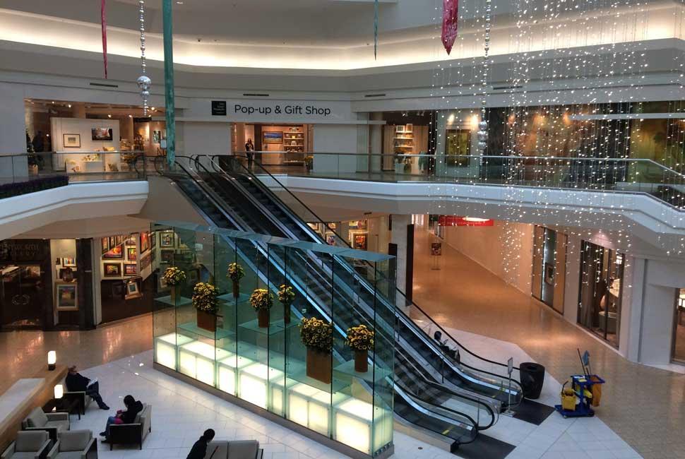 Van-Gogh-Pop-Up-Tour-in-New-Jersey---Retail-is-Detail---03-